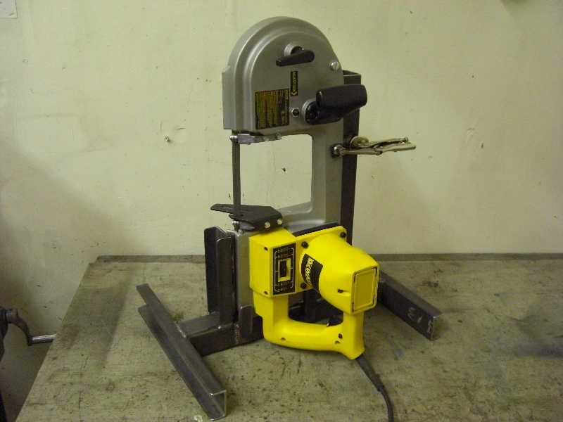 Bandsaw stand simple plans for how to make a portable band saw pictures Band saw table